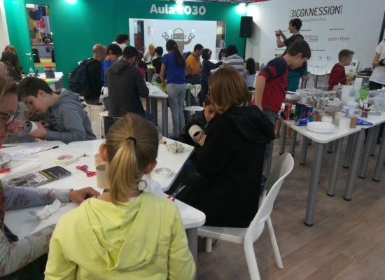 Aula 2030: computational tinkering