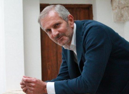 Gianrico Carofiglio: gentilezza e coraggio nel dibattito politico