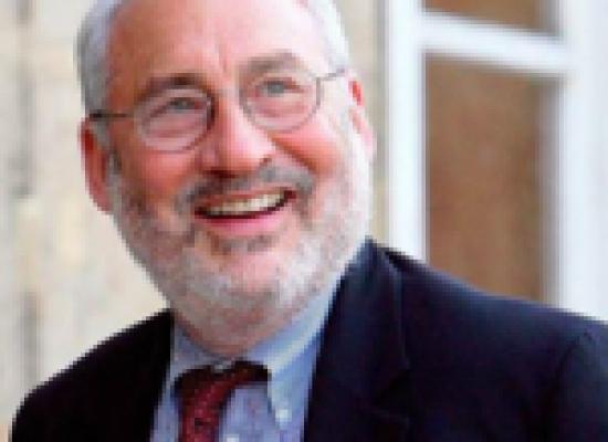 Economia, ambiente e politica: considerazioni di un Nobel per un futuro sostenibile.
